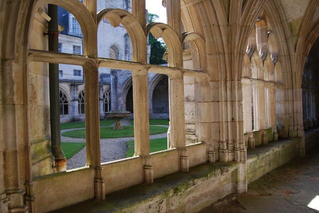 Abbaye de Saint Wandrille - Le Cloître